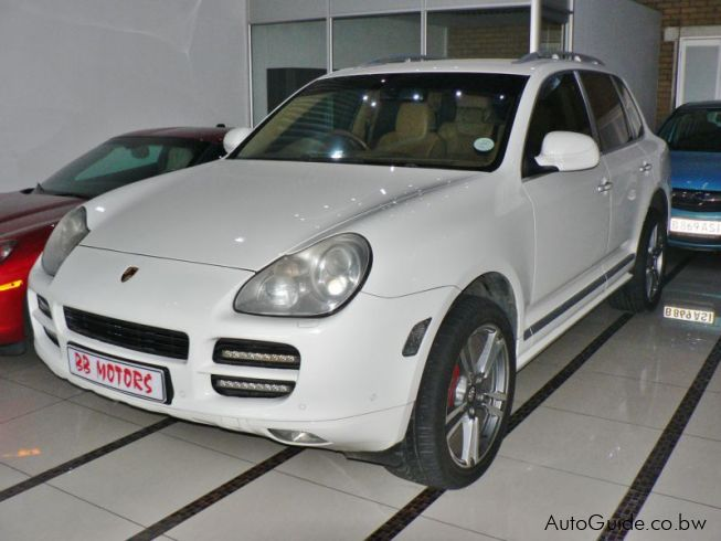 used porsche cayenne 2005 cayenne for sale gaborone porsche cayenne sales porsche cayenne. Black Bedroom Furniture Sets. Home Design Ideas