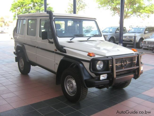Used mercedes benz g300 professional botswana 1950 km for Mercedes benz g300 for sale
