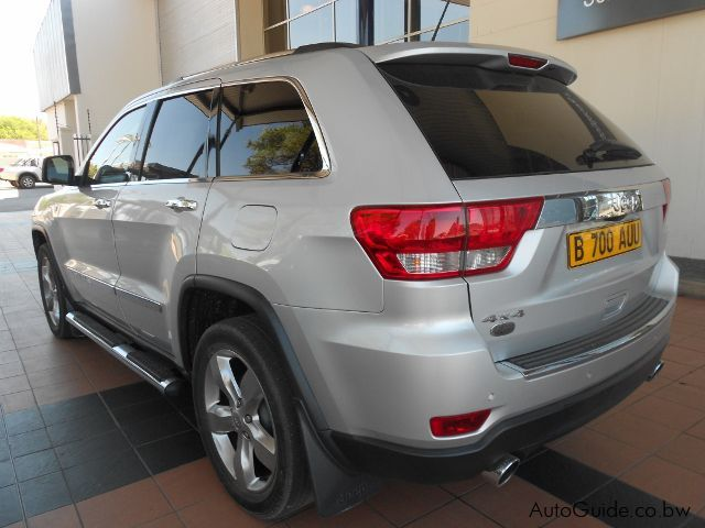 Jeep Grand Cherokee Overland in Botswana