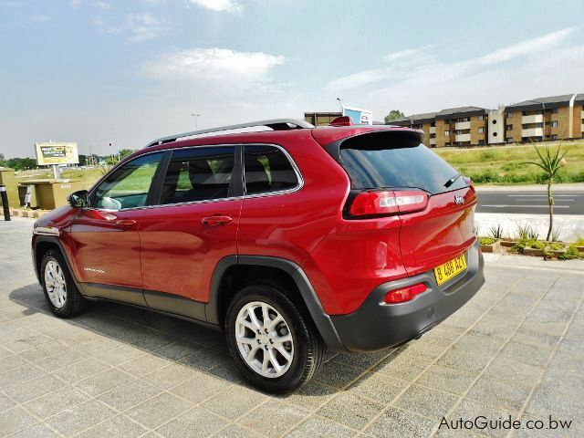 used jeep cherokee longitude 2015 cherokee longitude for sale gaborone jeep cherokee. Black Bedroom Furniture Sets. Home Design Ideas