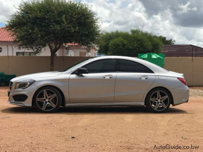 used mercedes benz cla 250 sport 4matic 2015 cla 250 sport 4matic for sale jwaneng mercedes. Black Bedroom Furniture Sets. Home Design Ideas