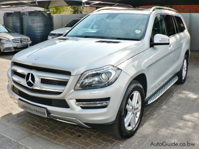 Used mercedes benz gl 350 bluetec 2015 gl 350 bluetec for Mercedes benz new cars 2015