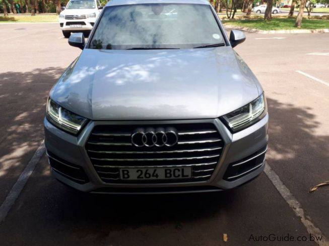 used audi q7 3 0 tdi 2016 q7 3 0 tdi for sale gaborone audi q7 3 0 tdi sales audi q7 3 0. Black Bedroom Furniture Sets. Home Design Ideas