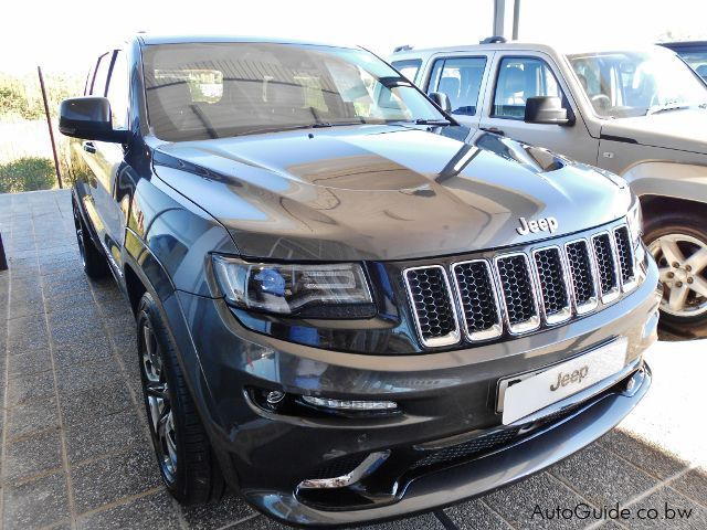 used jeep grand cherokee srt 8 hemi v8 2016 grand cherokee srt 8 hemi v8 for sale gaborone. Black Bedroom Furniture Sets. Home Design Ideas