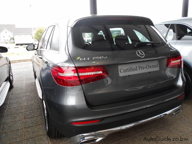 Used mercedes benz cars find a used mercedes benz for sale for Find a mercedes benz