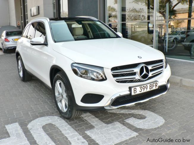 Mercedes-Benz GLC 300in Botswana