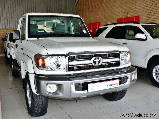 used toyota land cruiser 2017 land cruiser for sale gaborone toyota land cruiser sales. Black Bedroom Furniture Sets. Home Design Ideas