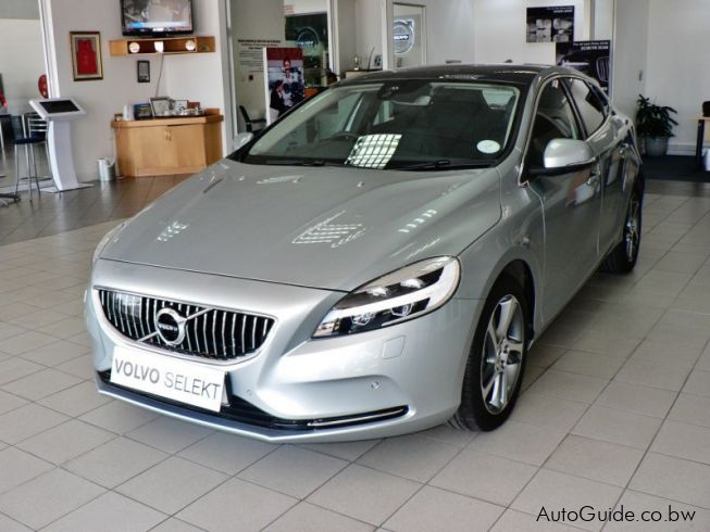 Used Volvo V40 T3 Geartronic Inscription | 2017 V40 T3 Geartronic Inscription for sale ...
