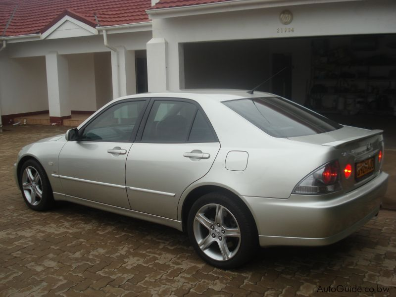 used lexus is300 vvti 2004 is300 vvti for sale lexus is300 vvti sales lexus. Black Bedroom Furniture Sets. Home Design Ideas