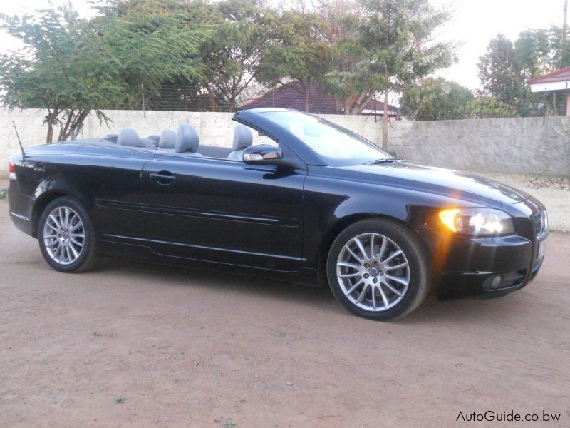 convertible features mileage in india photos prices volvo coupe reviews price