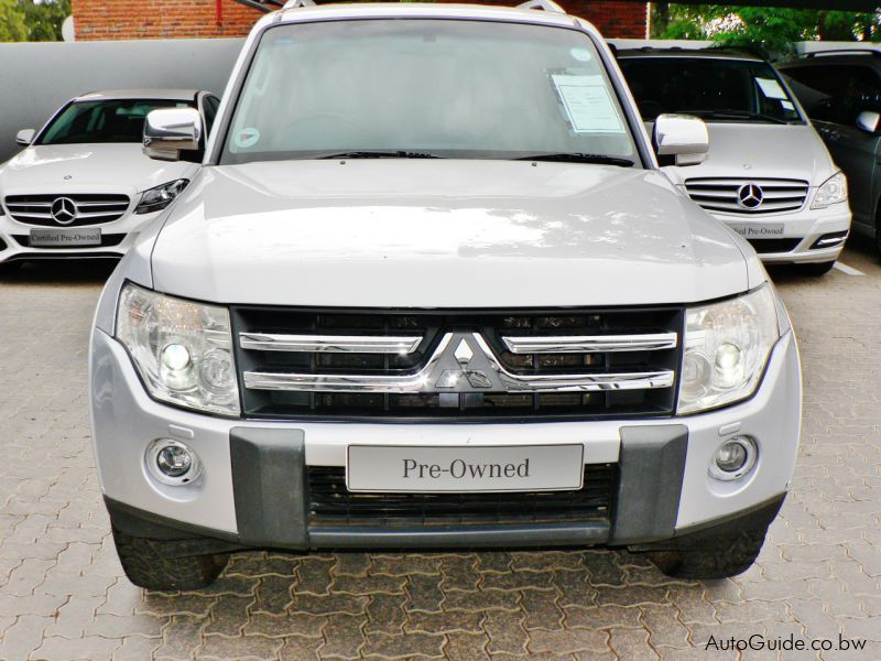 used mitsubishi pajero 3 2 did 2008 pajero 3 2 did for sale gaborone mitsubishi pajero 3 2. Black Bedroom Furniture Sets. Home Design Ideas