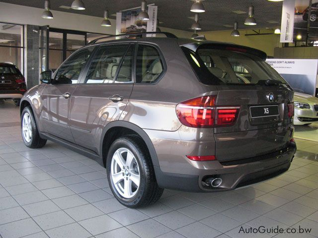 new bmw x5 sav 2010 x5 sav for sale gaborone bmw x5 sav sales bmw x5 sav price p 623 158. Black Bedroom Furniture Sets. Home Design Ideas