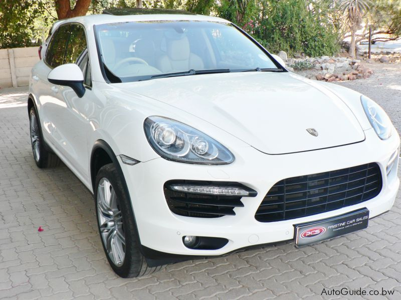 used porsche cayenne turbo 2010 cayenne turbo for sale gaborone porsche cayenne turbo sales. Black Bedroom Furniture Sets. Home Design Ideas