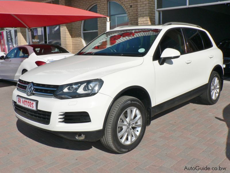 used volkswagen touareg v6 tdi 2011 touareg v6 tdi for. Black Bedroom Furniture Sets. Home Design Ideas