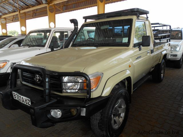 used toyota land cruiser 2012 land cruiser for sale gaborone toyota land cruiser sales. Black Bedroom Furniture Sets. Home Design Ideas