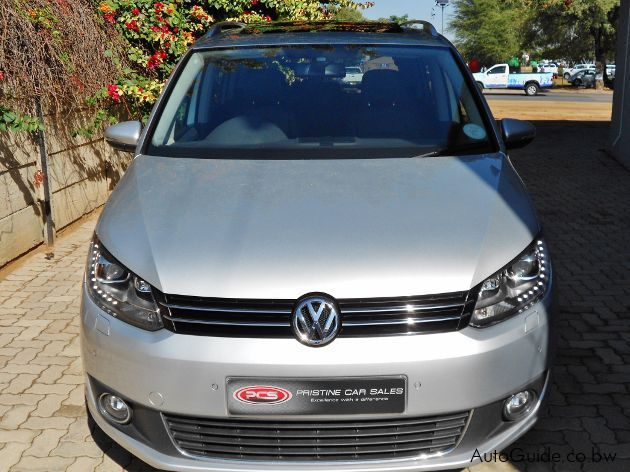 used volkswagen touran tsi 2013 touran tsi for sale. Black Bedroom Furniture Sets. Home Design Ideas