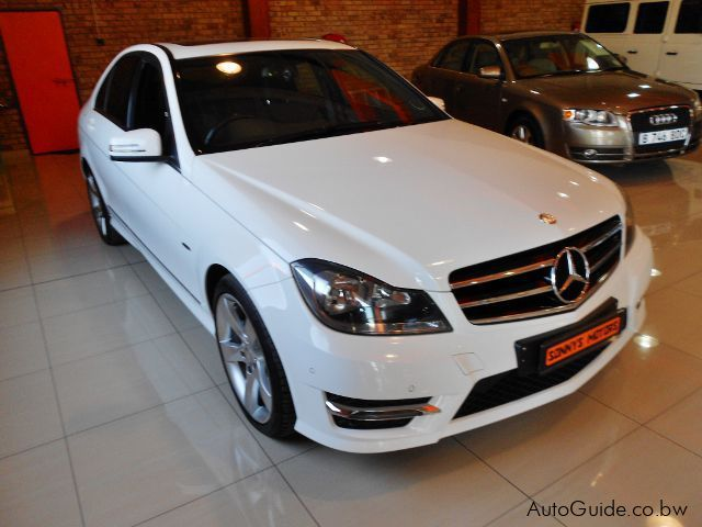 used mercedes benz c200 cdi special edition 2014 c200 cdi special edition for sale gaborone. Black Bedroom Furniture Sets. Home Design Ideas