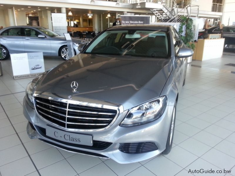 Brand new mercedes benz c200 for Mercedes benz brand image