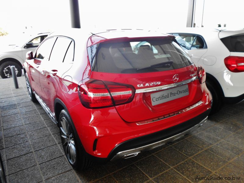 Used mercedes benz gla 250 4 matic 2017 gla 250 4 matic for Mercedes benz gla 250 2017