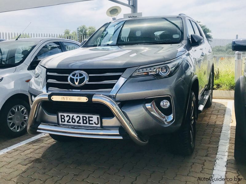 Used Toyota Fortuner 2 8 GD-6 4X4 Manual   2017 Fortuner 2 8