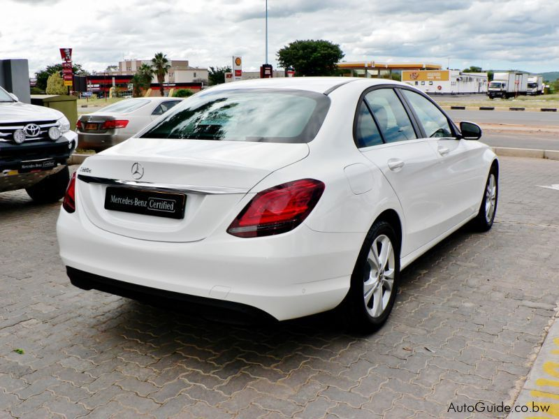 Mercedes-Benz C220 d in Botswana