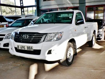 Pre-owned Toyota Hilux VVTI for sale in