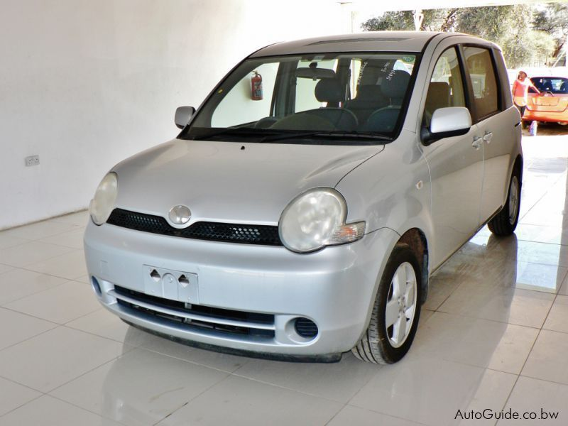 Pre-owned Toyota Sienta for sale in