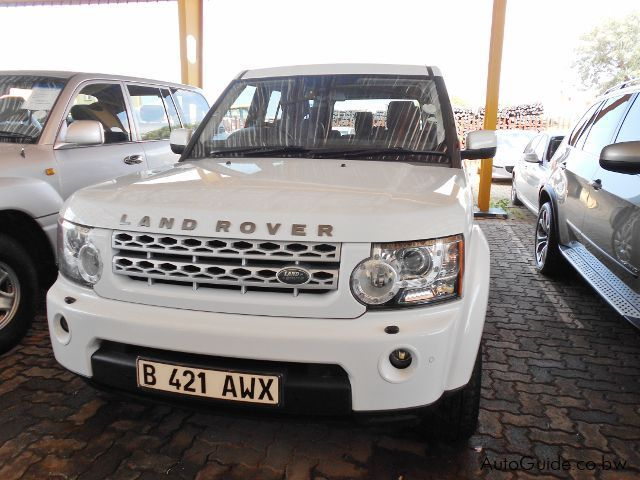 Pre-owned Land Rover Discovery 4 SDV6 SE for sale in Gaborone