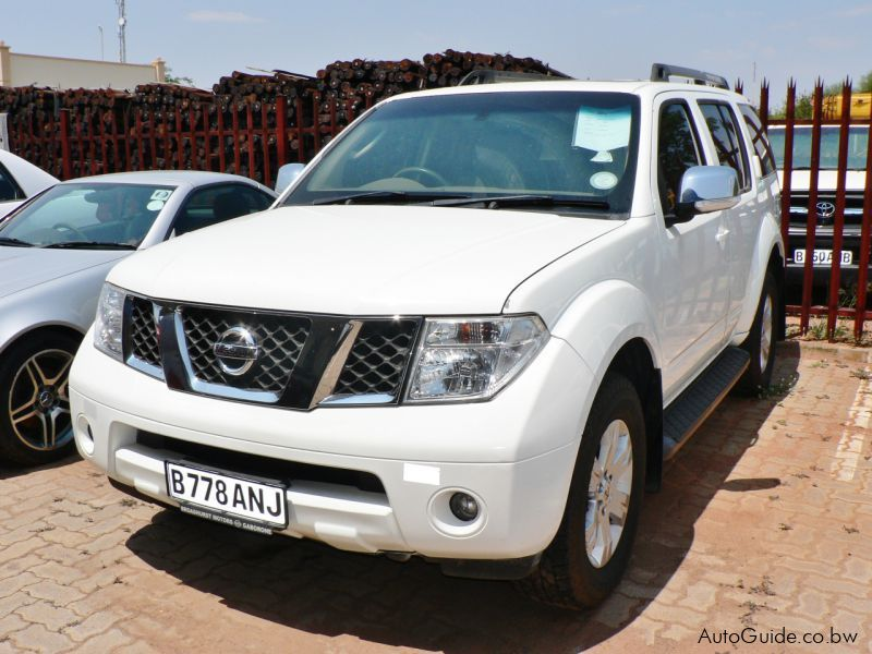 Pre-owned Nissan Pathfinder for sale in