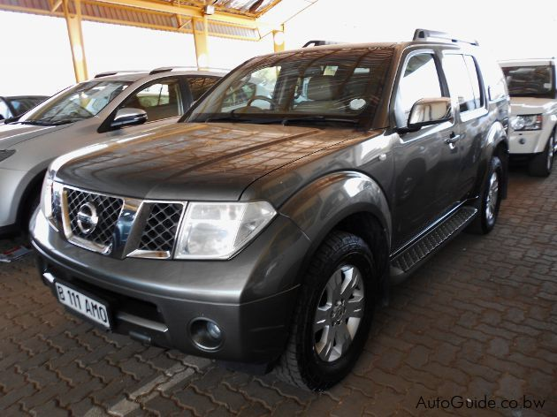 Pre-owned Nissan Pathfinder for sale in Gaborone