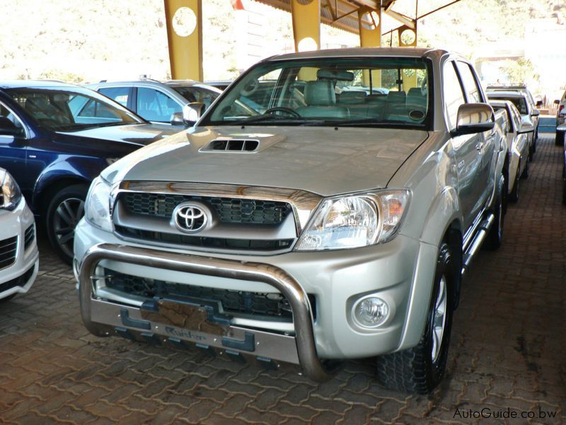 Pre-owned Toyota Hilux Legend 40 for sale in