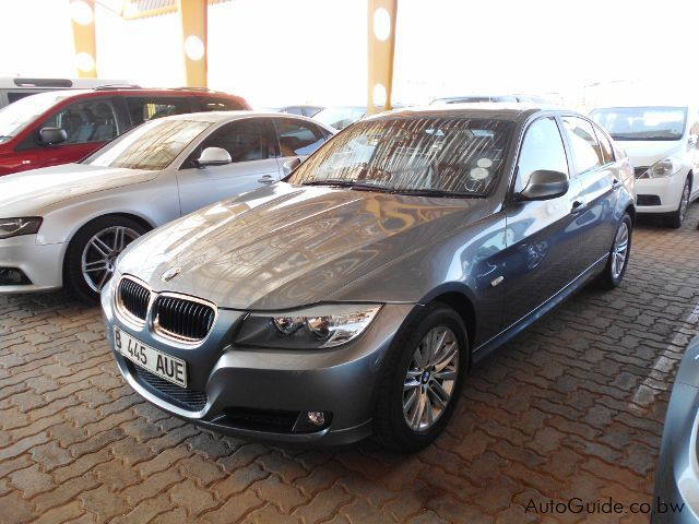 Pre-owned BMW 320i A for sale in Gaborone