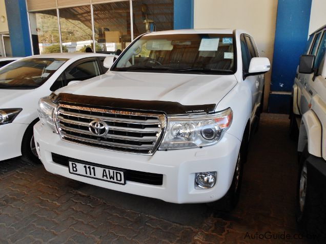 Pre-owned Toyota Land Cruiser 200 Series for sale in