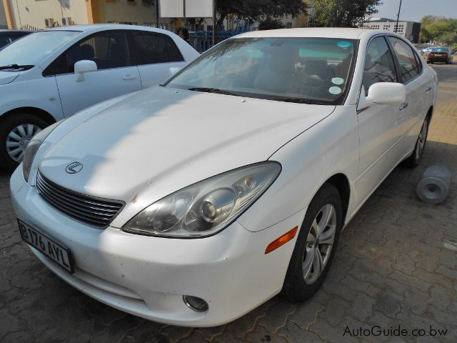 Pre-owned Lexus ES 300 for sale in Gaborone