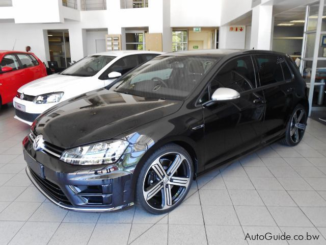 Pre-owned Volkswagen Golf 7 R for sale in Gaborone