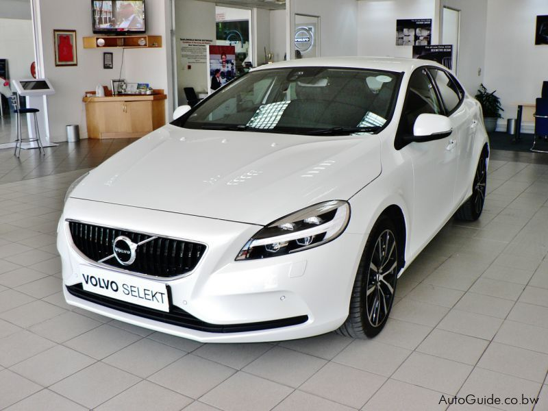 Pre-owned Volvo V40 T3 for sale in