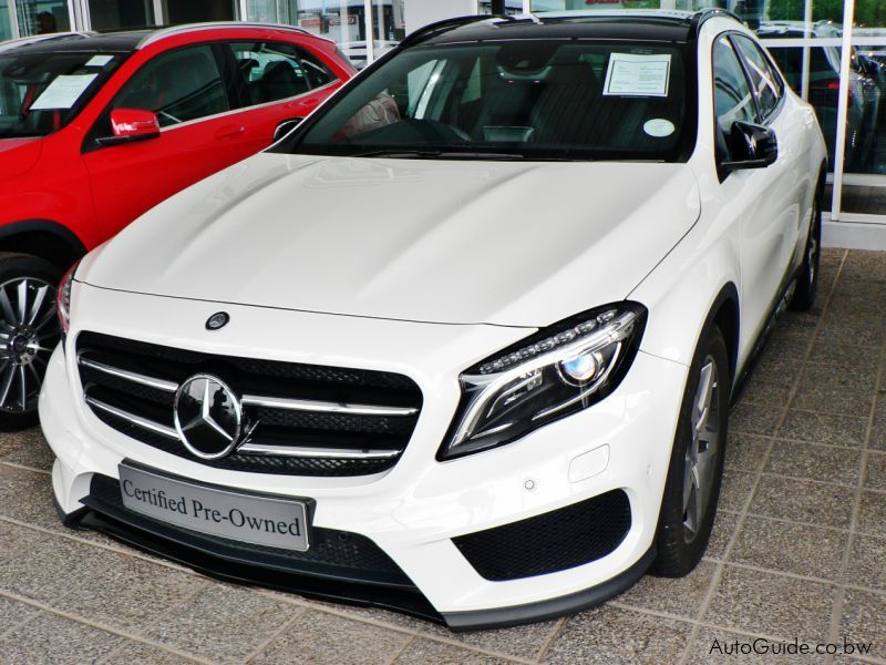 Pre-owned Mercedes-Benz GLA 250 4- Matic for sale in