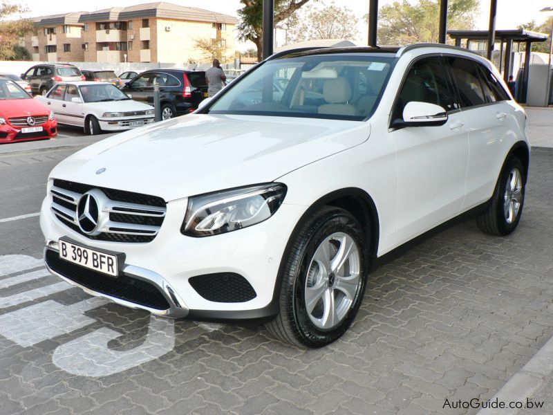 Pre-owned Mercedes-Benz GLC 300 for sale in