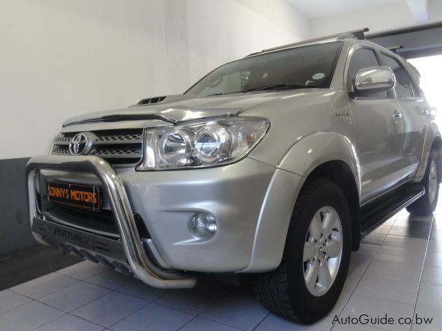 Pre-owned Toyota Fortuner 3.0D4D AT for sale in Gaborone