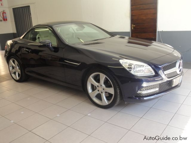 Used Mercedes-Benz SLK200 in Botswana