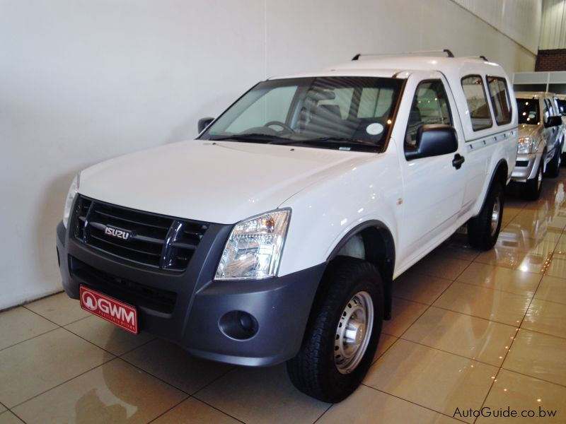 Used Isuzu KB200 in Botswana