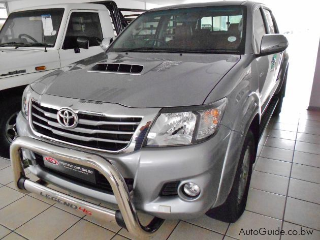 Pre-owned Toyota Hilux Legend 45 for sale in Gaborone