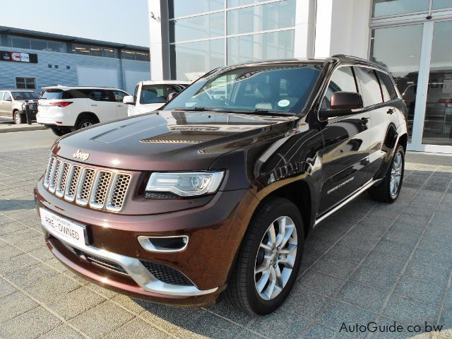 Pre-owned Jeep Grand Cherokee Summit for sale in Gaborone