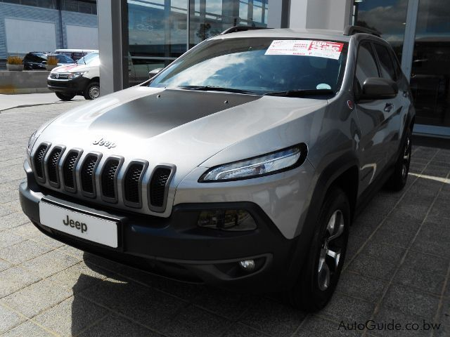 Pre-owned Jeep Cherokee TRAIL HAWK for sale in Gaborone