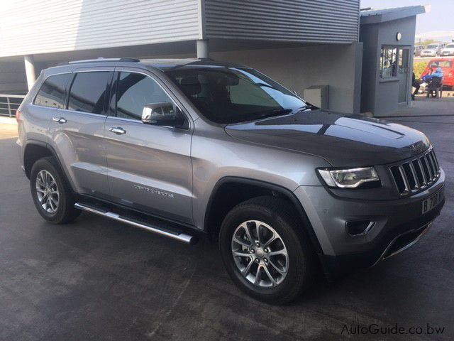 Pre-owned Jeep Grand Cherokee 3.6L Limited   for sale in Gaborone