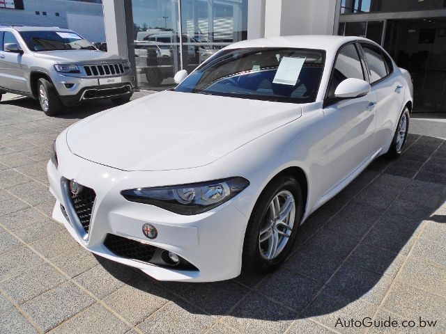 Pre-owned Alfa Romeo Giulia Base for sale in