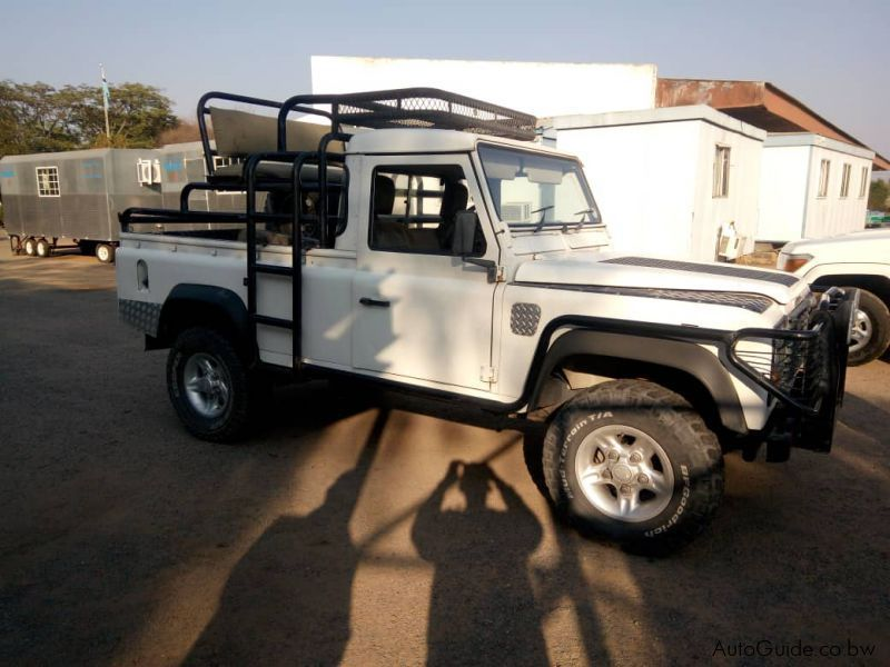 Pre-owned Land Rover Defender V8 for sale in