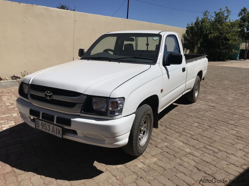 Pre-owned Toyota Hilux 2.4D for sale in