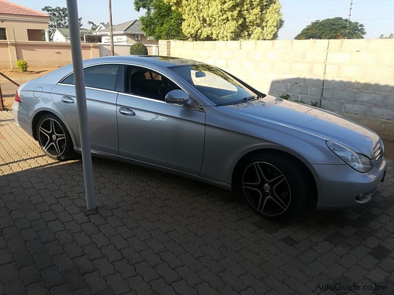 Pre-owned Mercedes-Benz CLS 500 for sale in