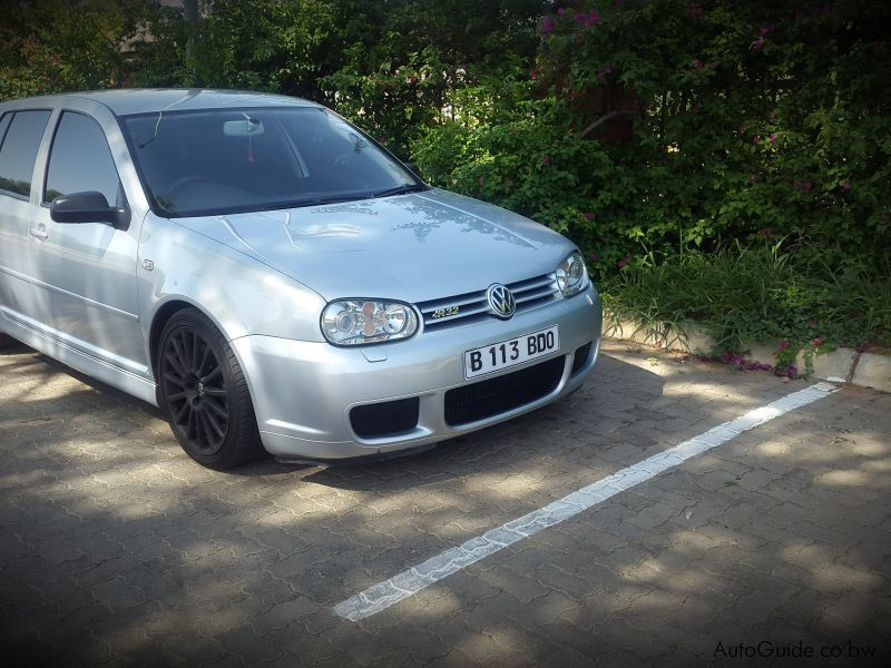 Pre-owned Volkswagen Golf R32 for sale in